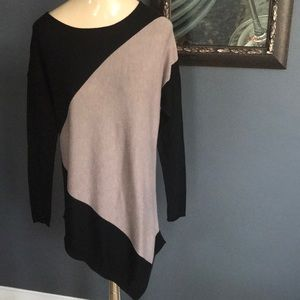 Joan Vass cashmere blnd blk/tan colorblock sweater